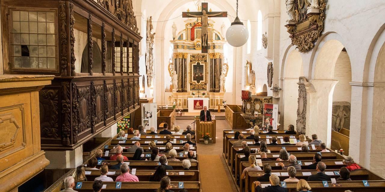 DSC03108 Schönhausen Kirche Überblick   Wolfgang Schilling ©Wolfgang Schilling © Wolfgang Schilling