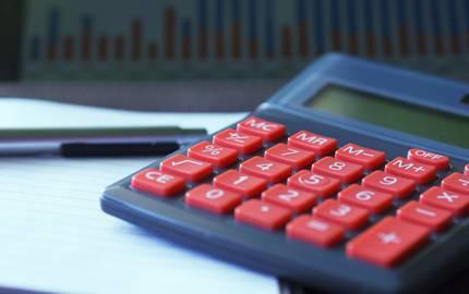 calculator 723917 1920 edar pixabay ©edar_pixabay