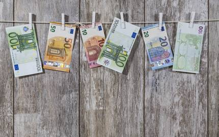 Geld auf LeineBru nO pixabay ©Bru-no_pixabay