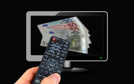 Geld im Fernseher